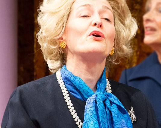 POP Marie Cooper – Mags in Moira Buffinis Handbagged Photo – Sean Owen of Reflective Arts